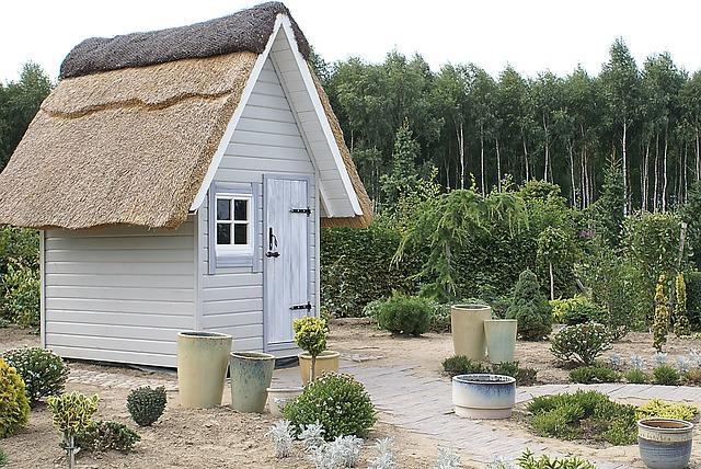 Zdobądź nowe możliwości z domkiem ogrodowym