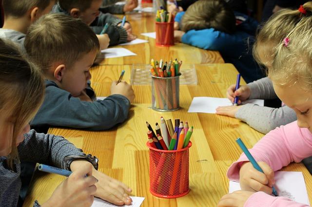 Praca w przedszkolu – dla kogo?